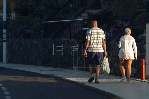 "Británicos ""golondrinas"" con casa en Canarias ""amenazan"" con vender"