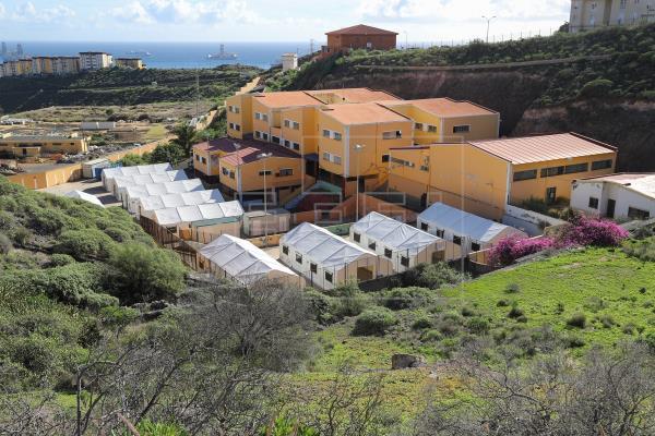 """Inmigrantes acogidos en El Lasso harán una huelga de hambre para denunciar el """"acoso"""" y bloqueo que sufren en Canarias"""