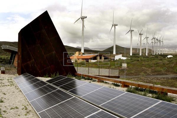 Canarias recibirá 467 millones para impulsar la transición energética