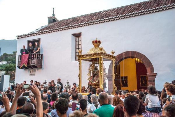 El Obispado cancela la Bajada extraordinaria de la Virgen de las Nieves, en La Palma