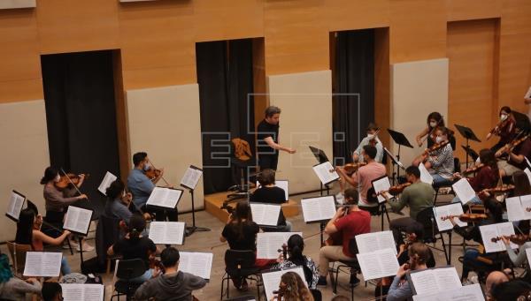 Ocho músicos canarios inaugurarán el Festival de Música junto a Gustavo Dudamel