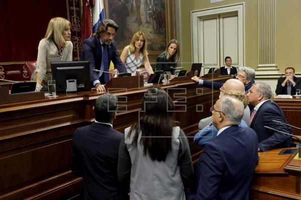 El Parlamento aprueba el proceso para recurrir la vulneración del REF ante el Tribunal Constitucional