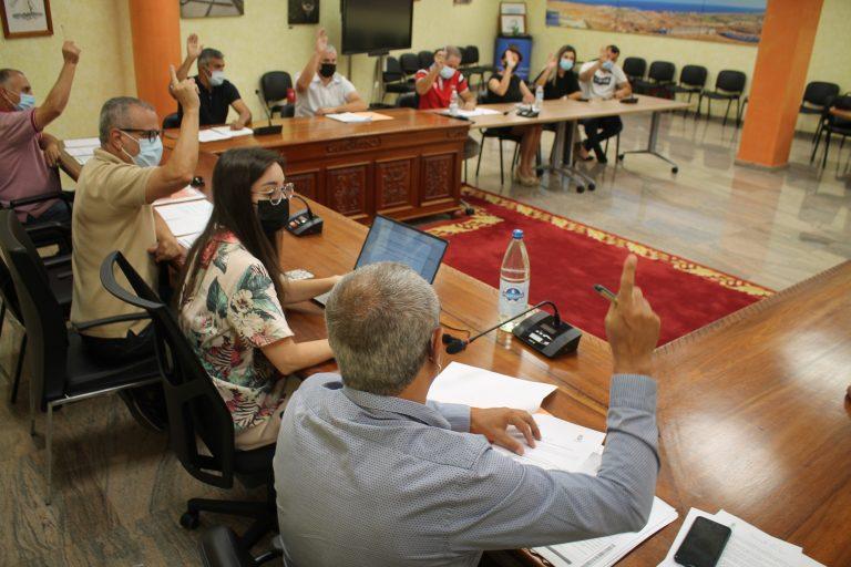 Antigua aprueba por unanimidad una modificación presupuestaria de 6,4 millones de euros para obras y servicios