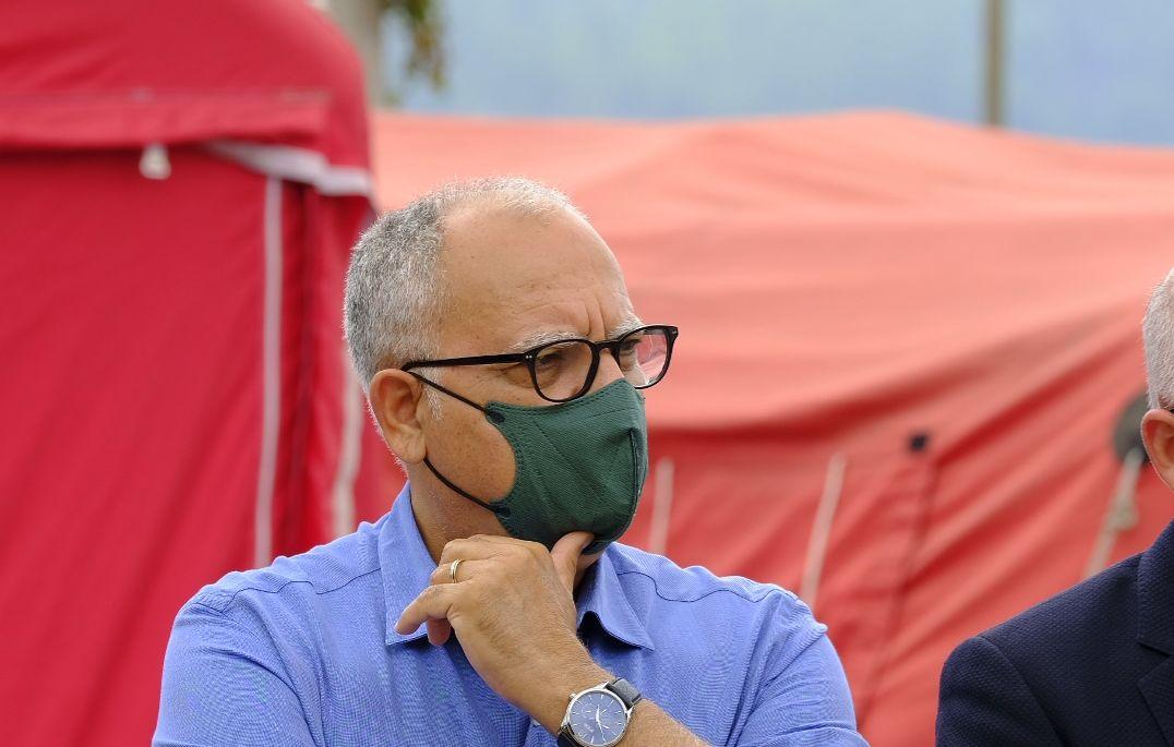 """Curbelo: """"La unidad política es clave para atender las necesidades de los damnificados por la erupción"""""""
