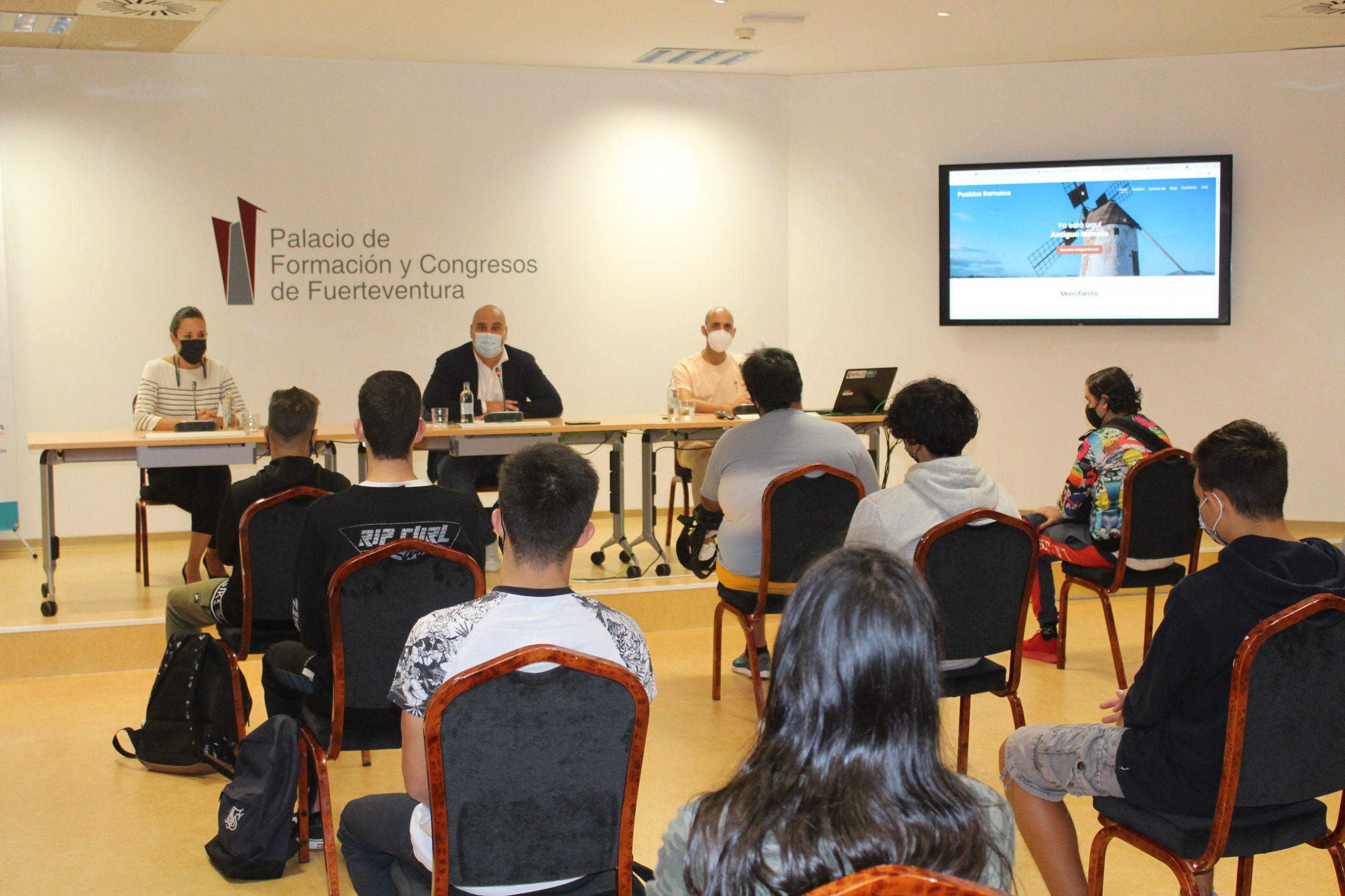 El Cabildo de Fuerteventura apuesta por el sector en auge de los nómadas digitales para diversificar la economía
